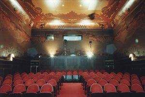 The Art Deco Parisi Hall, Film Hallen