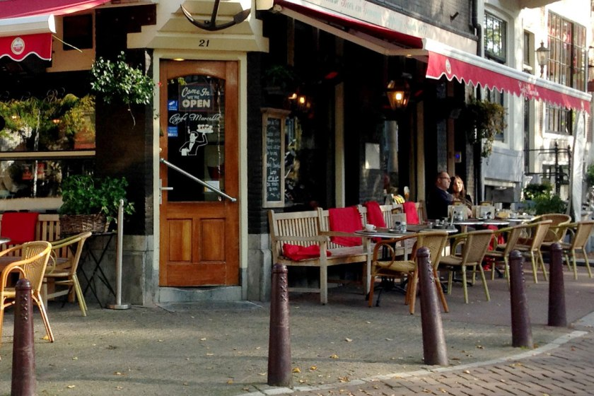 Cozy and peaceful, Cafe Marcella in autumn